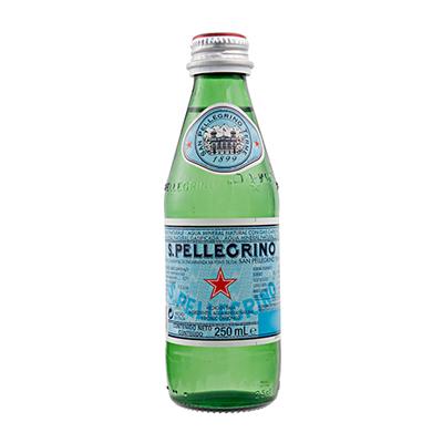 Água mineral natural com gás importada 250ml San Pellegrino vidro UN