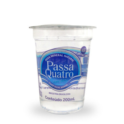 Água mineral natural 200ml Passa Quatro copo UN