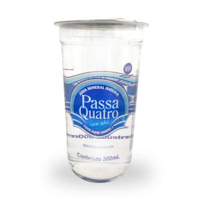 Água mineral natural 300ml Passa Quatro copo UN