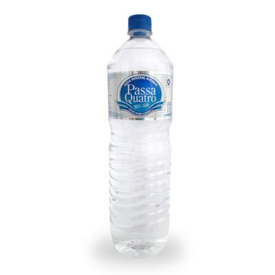 Água mineral natural 1,5Litros Passa Quatro pet UN